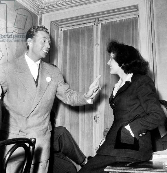Charles Trenet and Edith Piaf in January 1947 (b/w photo)