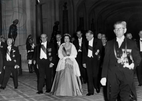 Guy Mollet, Christian Mineau, Queen Elisabeth of England, Prince Philip, Rene Coty et Rene Billeres, Louvres, Paris, France, 10 April 1957 (b/w photo)