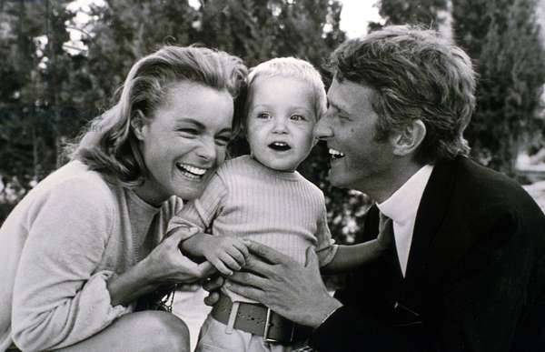 Actress Romy Schneider With her Son David (2) and Husband Harry Meyen in 1968 in Saint-Tropez (b/w photo)