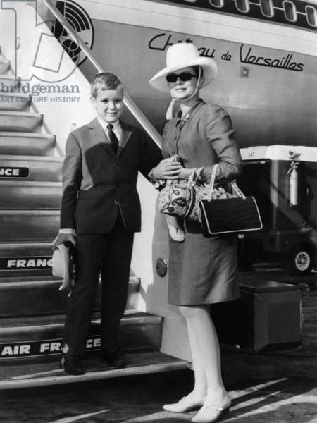 At Orly Airport in Paris, Princess Grace of Monaco and Prince Albert (Future Albert Ii) Coming Back in Monaco From Canada on August 23, 1967 (b/w photo)
