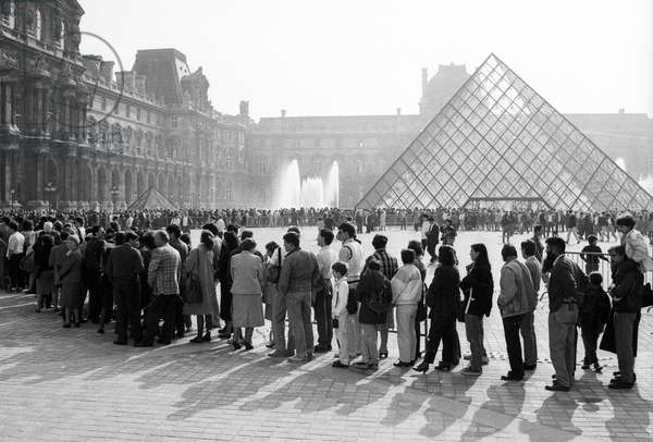 Opening of The Grand Louvre in Paris : Visitors Are Standing in A Queue For Pyramid April 30, 1989 (b/w photo)