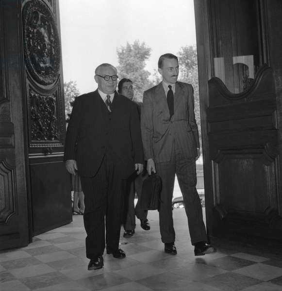 Ernest Bevin, english secretary of state for foreign affairs, Paris, July 23, 1949 (b/w photo)