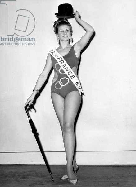 Jeanne Beck (Miss Normandy) Elected Miss France 1967 (b/w photo)