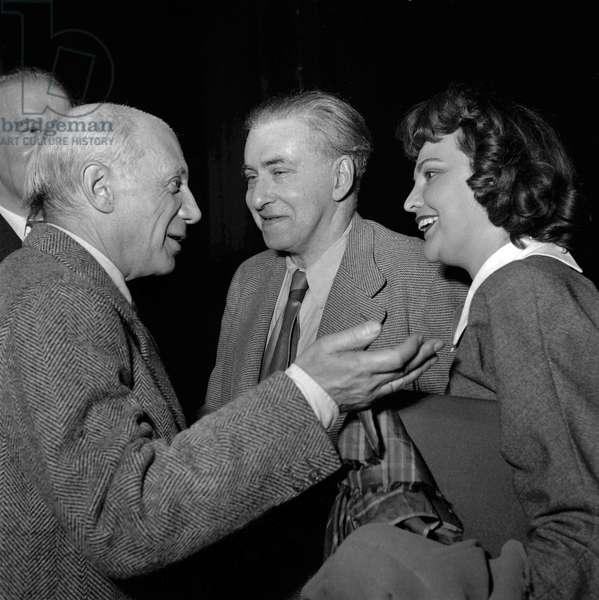 The World Congress of the Peace, Paris, April 20, 1949 : Pablo Picasso, Ilya Ehrenbourg, Alicia Perez Penalba (b/w photo)
