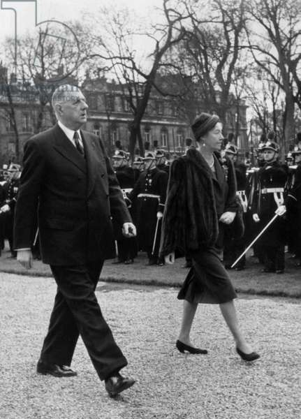 Grand-Duchess Charlotte of Luxembourg With French President Charles De Gaulle during her Visit at Elysee Palace February 04, 1961 (b/w photo)