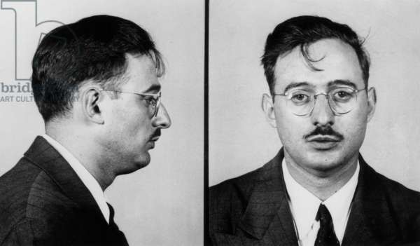 Julius Rosenberg (1918-1953) American, Communist, Accused of Being A Spy With his Wifeethel, They Will Be Sentenced To Death in 1953 (b/w photo)