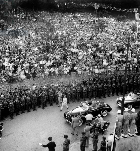 "Crowd Greeting The Coming of French Prime Minister General De Gaulle in Algiers (Before his Famous Speech ""I Understood You"") June 4, 1958 during War in Algeria (b/w photo)"