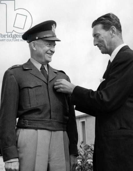 General Dwight Eisenhower Receiving The Badge Of The Danish Herisson From The Hands Of Professor Erik Husfeldt At A Shaped Ceremony On September 26, 1951 (b/w photo)