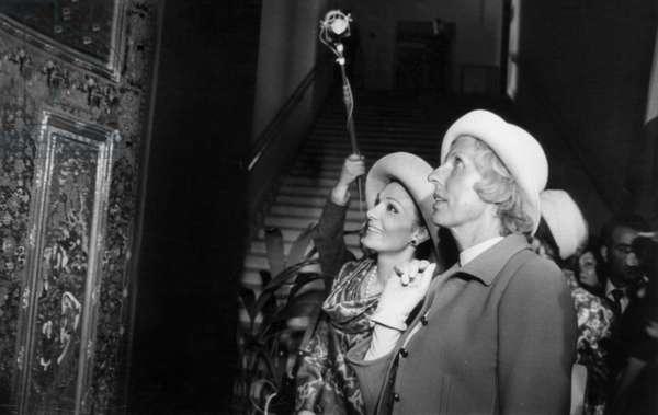 Mrs Claude Pompidou and Farah Diba Pahlavi, Empress of Iran, at The Iranian Exhibition in Paris, June 28, 1971 (b/w photo)