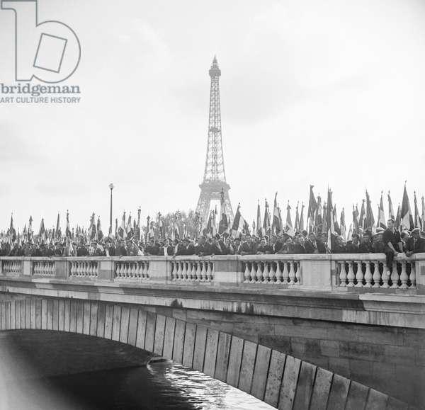 Demonstration of former prisoners of war, Paris, September 3, 1950 (b/w photo)