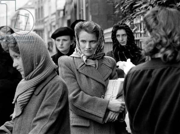Femme Entre Chien Et Loup De Andre Delvaux Avec Marie Christine Barrault 1984 (b/w photo)