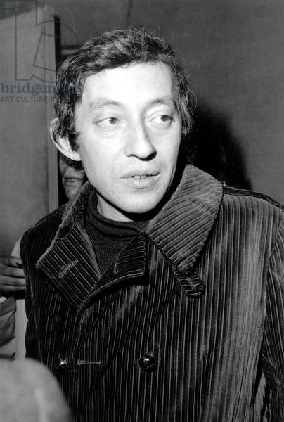 Serge Gainsbourg on March 13, 1968 at Premiere of Film Le Pacha in Paris (b/w photo)