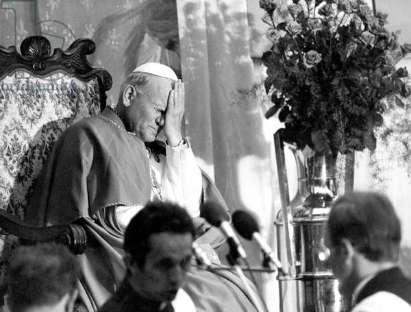 Pope John Paul Ii (Karol Wojtyla), here in Poland in June 1979 (b/w photo)