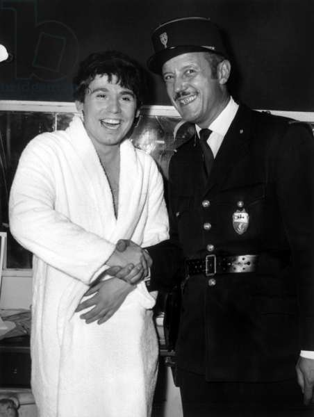 Spanish Singer Raphael Felicites By A Peace Guardian In His Olympia Lodge October 4, 1967 (b/w photo)