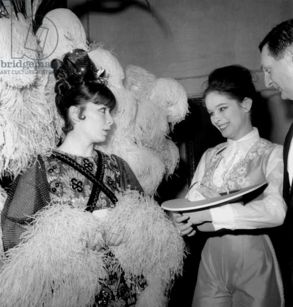 Gala of Artists in Paris on March 7, 1964 : Juliette Greco, Geraldine Chaplin and Jacques Charron (b/w photo)