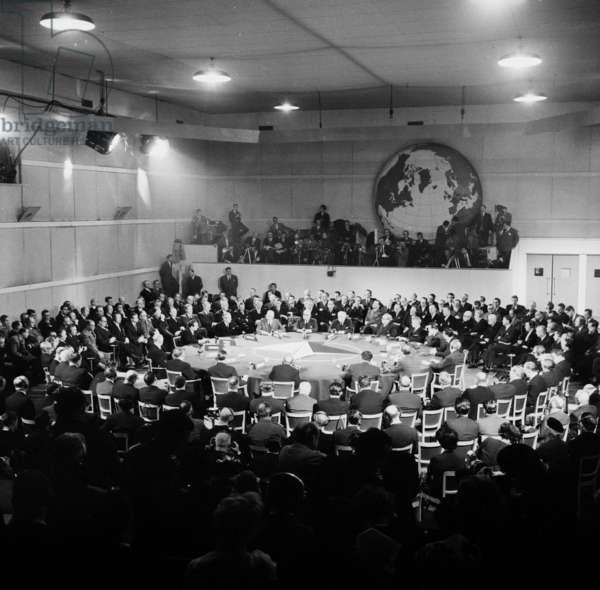Nato Summit in Paris (Chaillot) on December 16, 1957 : General View With Harold Macmillan (English Prime Minister), David Dwight Eisenhower (American President), Paul-Henri Spaak (General Secretary of Nato) (b/w photo)