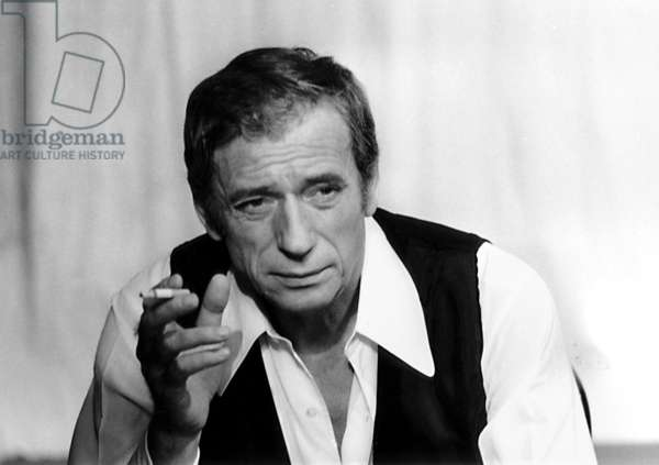 """Yves Montand during Recording of TV Programme """"Show Yves Montand"""" October 27, 1973 (b/w photo)"""