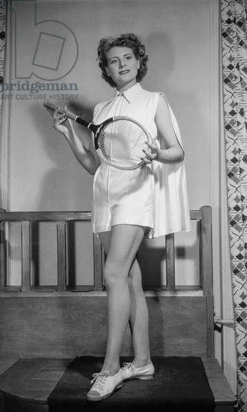Ledoux fashion (summer), Paris, April 14, 1950 : tennis suit (b/w photo)