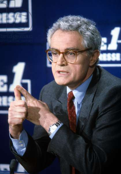 Prime Secretary of Socialist Party Lionel Jospin at Radio Program March 10, 1986 (photo)