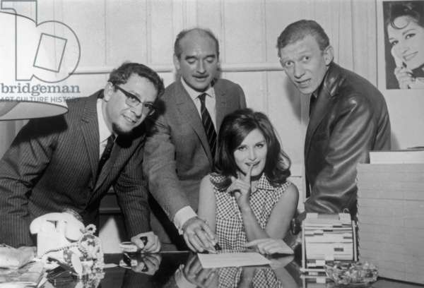 Singer Dalida Signing A Contract With Eddie Barclay and Lucien Morisse in May 1964 (b/w photo)