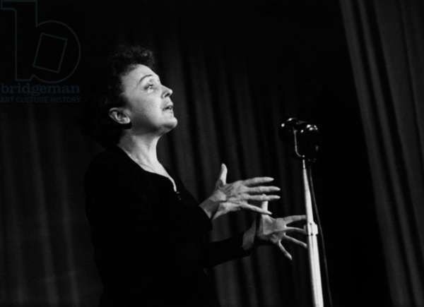 French Singer Edith Piaf on Stage in Melun (France) November 21, 1959 (b/w photo)