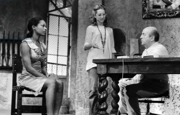 Sylvette Cabisseaux, Nathalie Baye and Bernard Blier in The Play Gelapazos at The Madeleine Theatre (Paris) on September 25, 1971  (b/w photo)