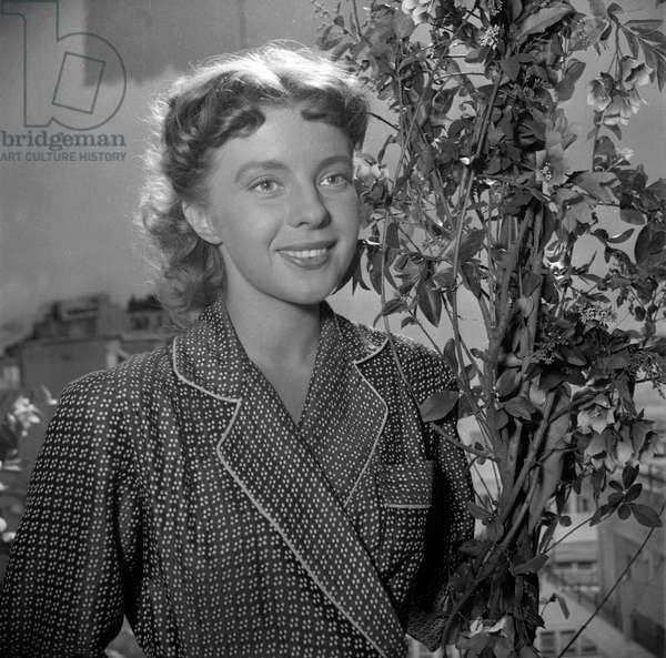 Vera Norman on set of film
