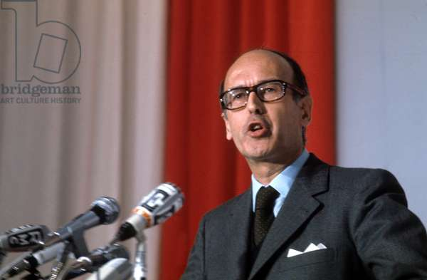 French Politician Valery Giscard D' Estaing during Press Conference February 3, 1974 (photo)