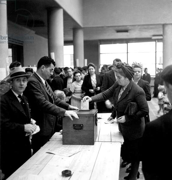 French Women Vote in France in 1945 : here Polling Station in Puteaux, France September 23, 1945 (b/w photo)