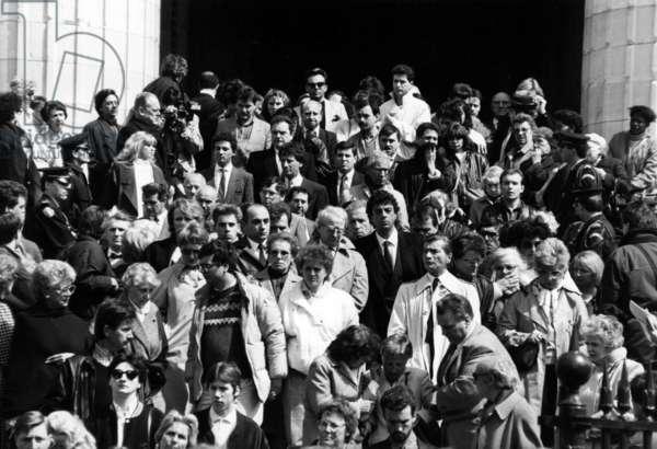 Funeral of Dalida on May 7, 1987 in Paris (Eglise De La Madeleine) : Crowd Leaving The Church (Enrico Macias and Jack Lang) (b/w photo)