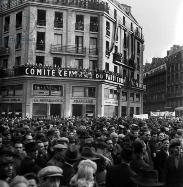 Demonstration Outside The Head Office of The French Communiste Party in Paris, February 20, 1946 (b/w photo)