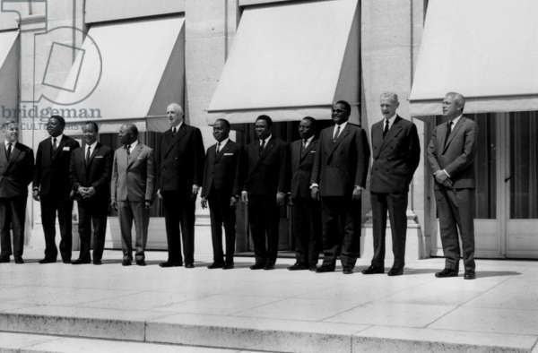 African Politicians at Elysee in Paris With French President Charles De Gaulle, July 2, 1965 : Moise Tschombe (Zaire), Nicolas Grunitzky (Togo), Gabriel Leon M'Ba (Gabon), Charles De Gaulle, Felix Houphouet Boigny (Ivory Coast), David Dacko (Central African Republic), Maurice Yameogo (Upper Volta, Burkina Faso), Hamani Diori (Niger) (b/w photo)
