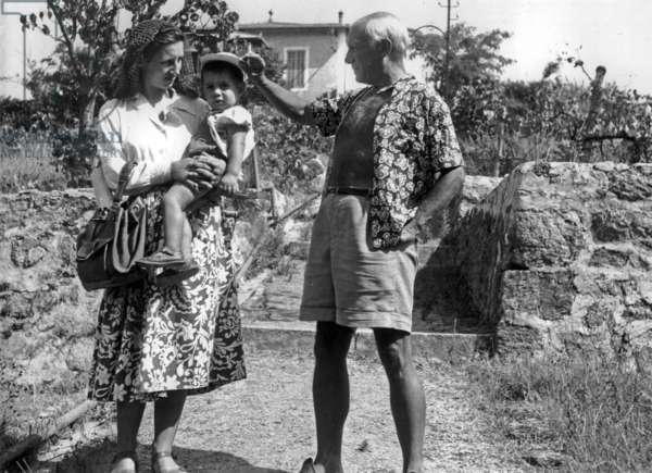 Pablo Picasso With his Companion Francoise Gilot and Son Claude in Vallauris, France, September 1949 (b/w photo)
