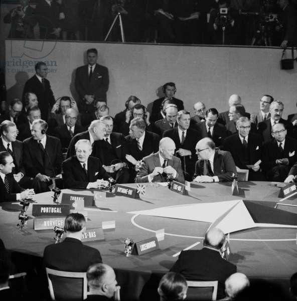 Nato Summit in Paris (Chaillot) on December 16, 1957 : Adnan Menderes (Portugal), Harold Macmillan, David Dwight Eisenhower, Paul-Henri Spaak (b/w photo)