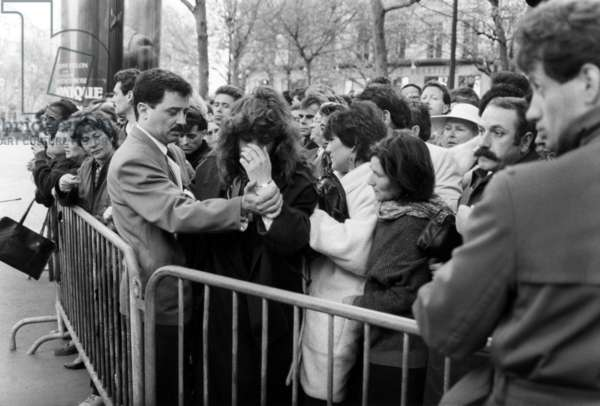Funeral of Dalida in Paris on May 7, 1987 (b/w photo)