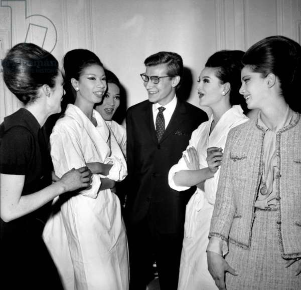 In Paris, on July 28, 1960, Yves Saint Laurent, With Is Models After Presentation of Dior Collection, Paris : Patricia, Laurence, Fidelia, Yves Saint-Laurent, Deborah, Valerie (b/w photo)