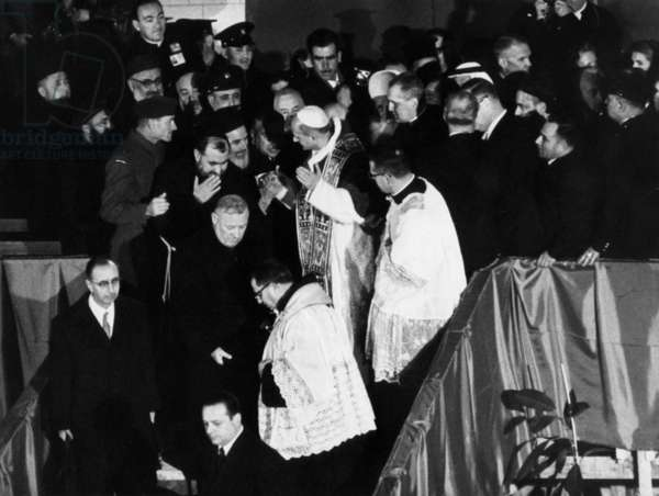 Pope Paul Vi (Giovanni Battista Montini, Pope in 1963-1978) during his Travel in Holy Land in January 1964 With Arabs, Jews, Catholics and Orthodox in Nazareth in The Church Built Under Annunciation Cave (b/w photo)