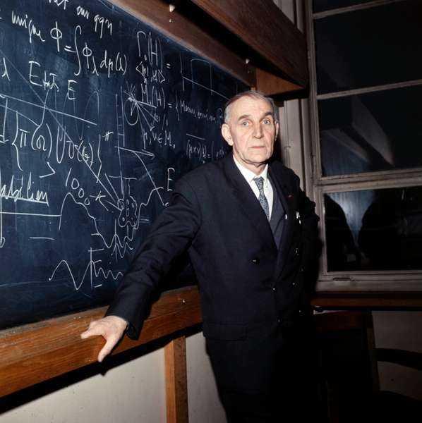 Alfred Kastler (1902-1984) French Physicist Nobel Prize in 1966 here on March 1St 1967 (photo)