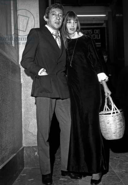 "Serge Gainsbourg and Jane Birkin at Premiere of Film ""Les Chemins De Katmandou"" on September 26, 1969 (b/w photo)"