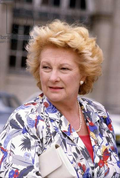 Serie Televisee Les Enquetes Du Commissaire Maigret: La Pipe De Maigret Avec Annick Tanguy, 1988 (photo)