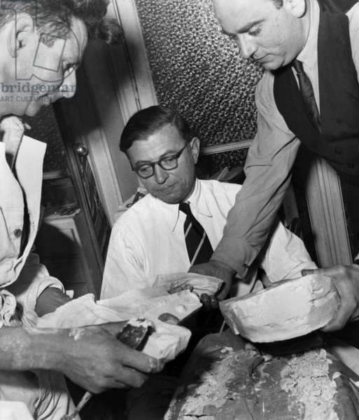Molding of Jean Paul Sartre'S Hands, on The Right Is M. De Bry , in August 1950 (b/w photo)