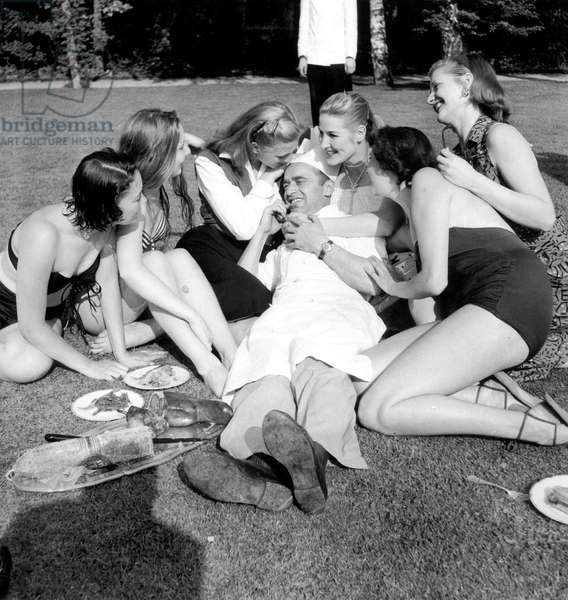 Picnic in The 60'S (b/w photo)