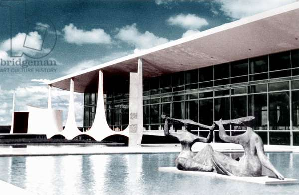 Brasilia (Brazil) : Presidential Palace (Alvorada) Built By Oscar Niemeyer Opened in 1958  (photo)