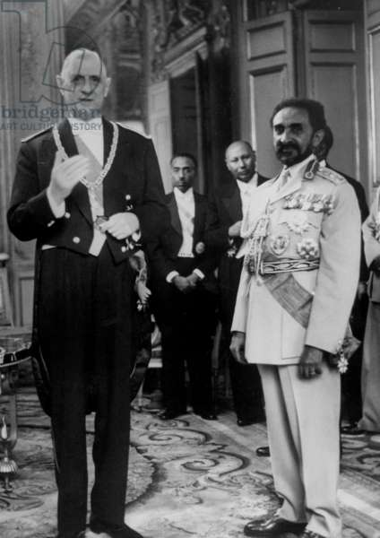 Emperor of Ethiopia Haile Selassie (Negus) in Visit in Paris, here With French President Charles De Gaulle during Diner at Elysee Palace July 21, 1959 (b/w photo)