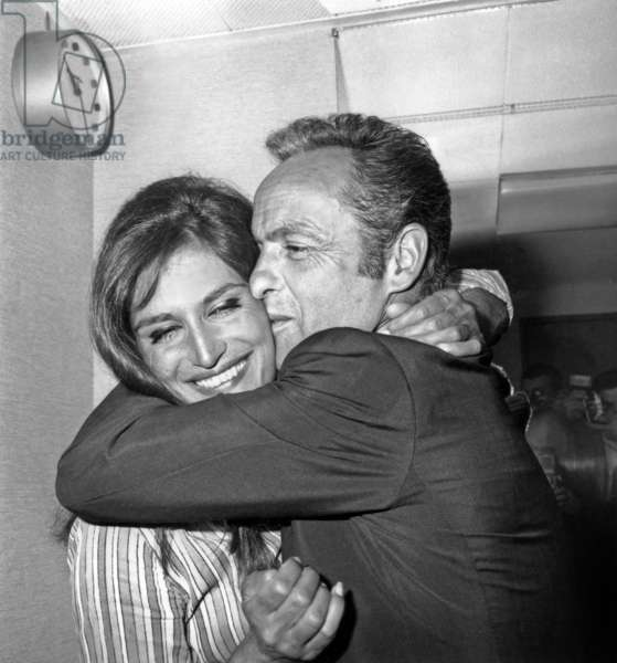 Guy Lux and Dalida June 9, 1967 (b/w photo)