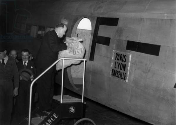 Postal Service By Air France Between Paris Lyon Marseille 50'S (b/w photo)