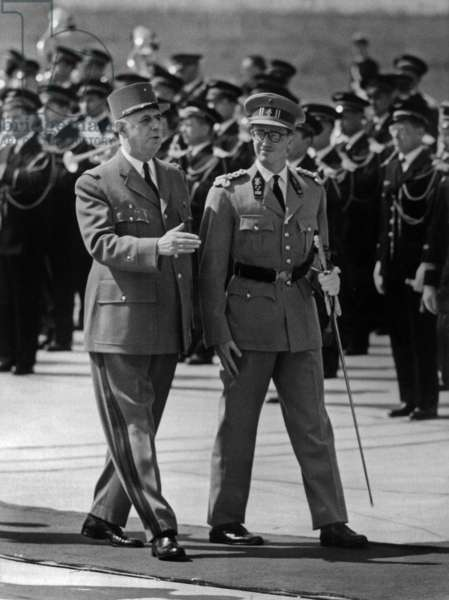 Belgina King Baudouin 1St Arriving at Paris Orly Airport Welcome By Charles De Gaulle, French President, on May 24, 1961 (b/w photo)