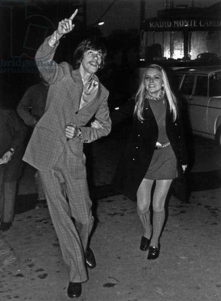 Singers Antoine (Pierre-Antoine Muraccioli) and France Gall in San Remo 1969 (b/w photo)