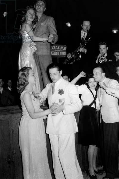 Ball in Paris June 3, 1939 Couple Dancing Bebop Or Swing (b/w photo)