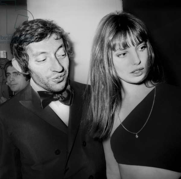 Nuit Du Cinema (Movie Prize Giving) in Paris on November 28, 1969 : Serge Gainsbourg and Jane Birkin (b/w photo)
